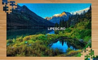 Puzzle cu munți
